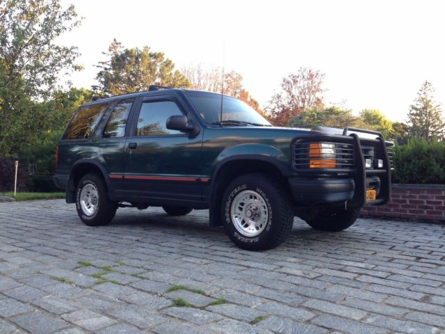 1994 ford explorer sport truck low 74 721 miles runs perfect classic ford explorer 1994 for sale. Black Bedroom Furniture Sets. Home Design Ideas