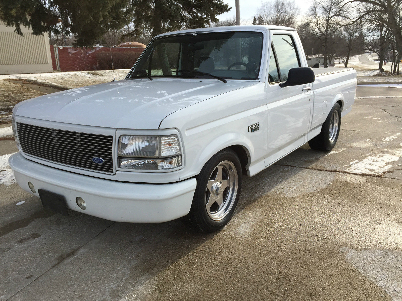 Ford F Xl Standard Cab Pickup Wd Shortbox Lowered Custom on 1994 Ford F 150 Lightning Engine Images