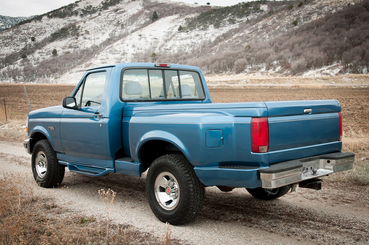 Ford F Xlt Wd Flareside Ci V Shop Truck Clean Carfax Zero Rust on 1994 Ford F 150 Automatic Transmission