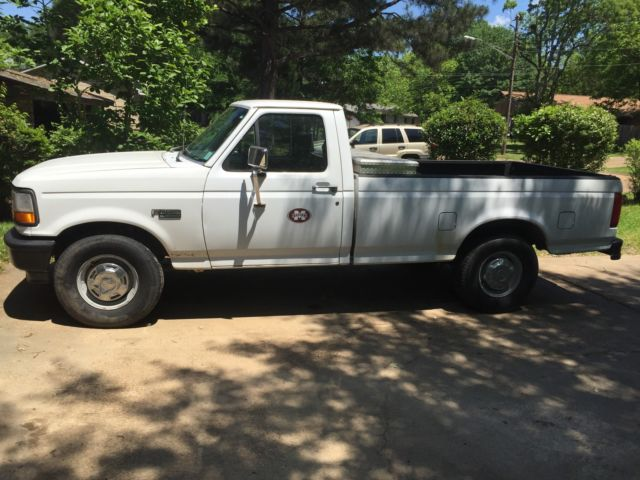 1994 ford f 250 xl extended cab pickup 2 door 4 9l classic ford f 250 1994 for sale. Black Bedroom Furniture Sets. Home Design Ideas