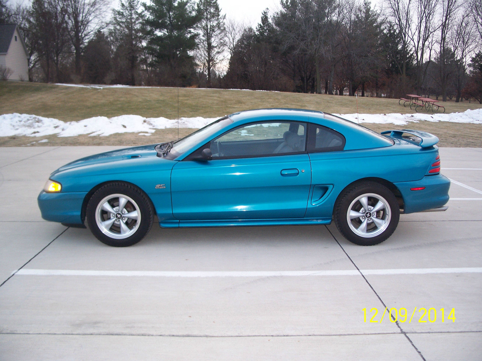 1994 ford mustang gt in rare teal classic ford mustang. Black Bedroom Furniture Sets. Home Design Ideas