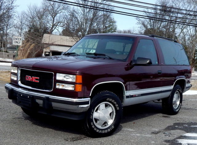 1994 gmc yukon sle 4x4 rare 2 door immaculate condition. Black Bedroom Furniture Sets. Home Design Ideas