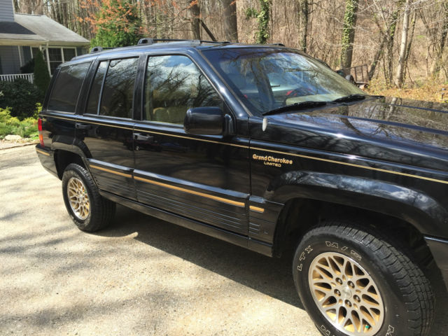 1994 jeep grand cherokee limited private owner w all service records sweet suv classic jeep. Black Bedroom Furniture Sets. Home Design Ideas