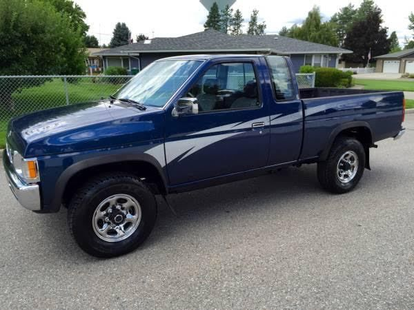Nissan Pickup King Cab X With Miles Must See Nice Like New on 94 Toyota Pickup Interior