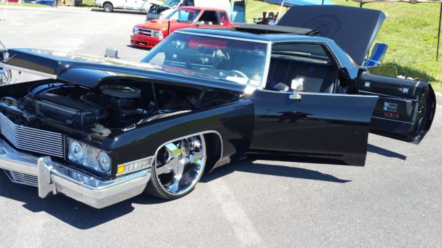 1973 Cadillac DeVille & 1SICK73 Bagged Kustom Cadillac show stopper one of a kind ... pezcame.com