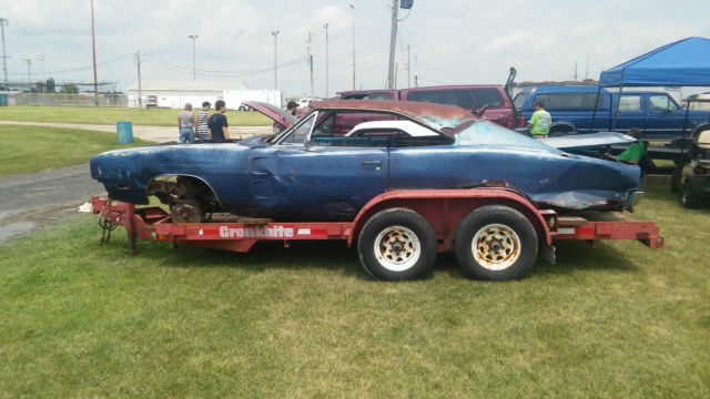 2 Yes Two 1968 And 69 Dodge Charger Project Cars 383 4 Speed