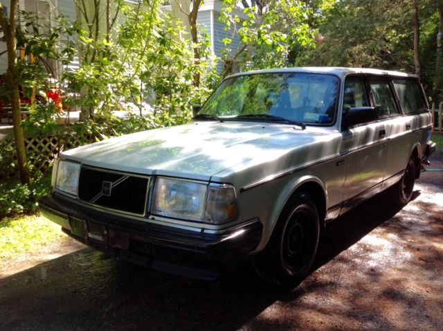 240 volvo station wagon silver 1993 needs engine classic volvo 240 1993 for sale. Black Bedroom Furniture Sets. Home Design Ideas