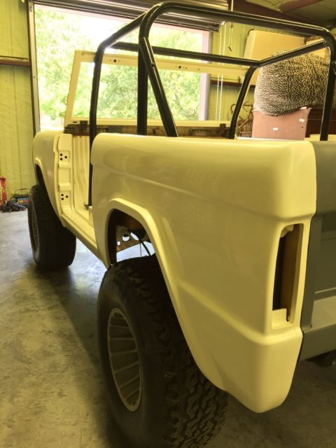 66 77 Ford Bronco Custom 4x4 Lifted New Body Chassis