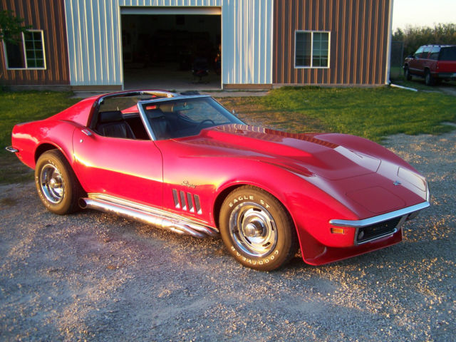 69 chevy corvette stingray w cowl hood side pipes s matching 1969 chevrolet classic. Black Bedroom Furniture Sets. Home Design Ideas