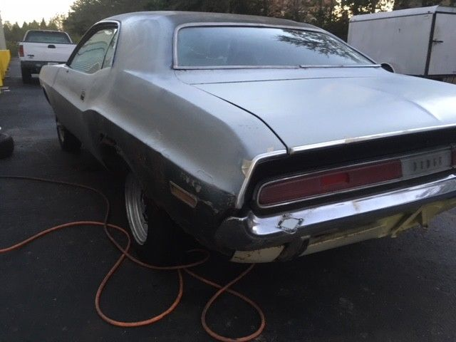 70 Dodge Challenger Nice Complete Minus Motor And