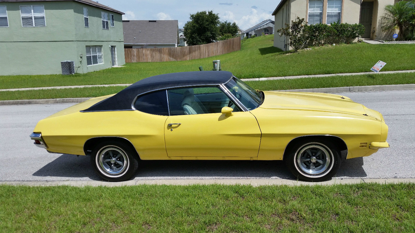 71 pontiac lemans sport with factory t41 option classic pontiac le mans 1971 for sale. Black Bedroom Furniture Sets. Home Design Ideas