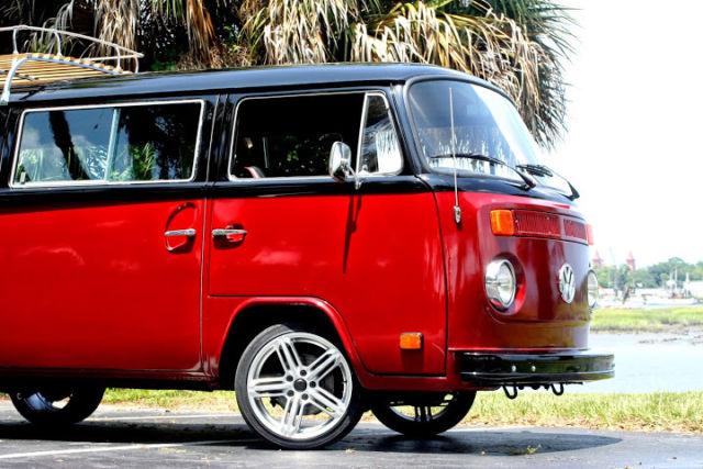 73 VW Bus Volkswagen Transporter Passenger Van Kombi Bay Window Camper ...