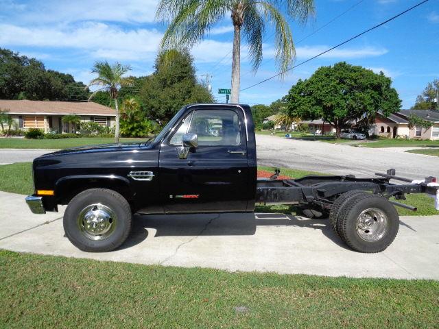1985 chevy truck 3500