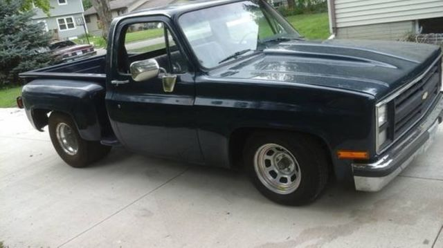 85 chevy c 10 pickup truck 2 door 350 v8 automatic rwd 34000 miles classic chevrolet other. Black Bedroom Furniture Sets. Home Design Ideas
