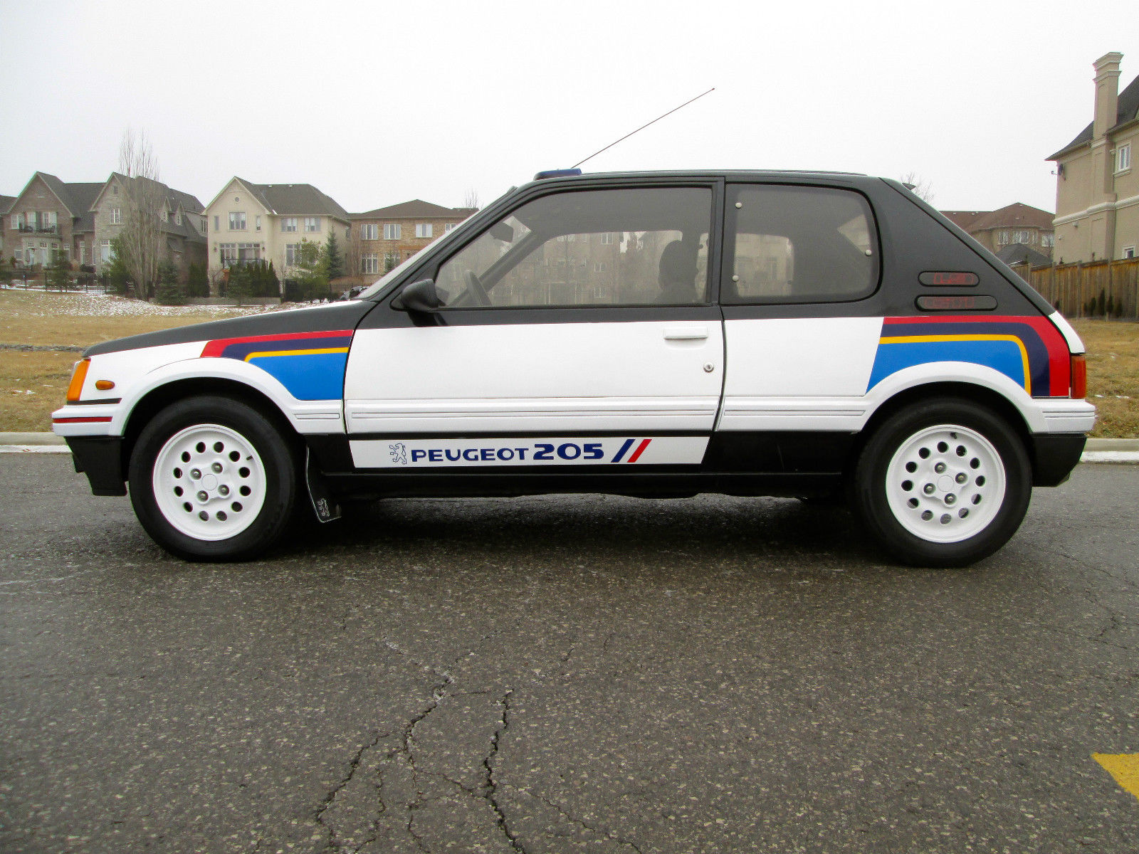 88 peugeot 205 gti 1 9 rally stripes 33k orig miles timecapsule norust usa legal classic. Black Bedroom Furniture Sets. Home Design Ideas