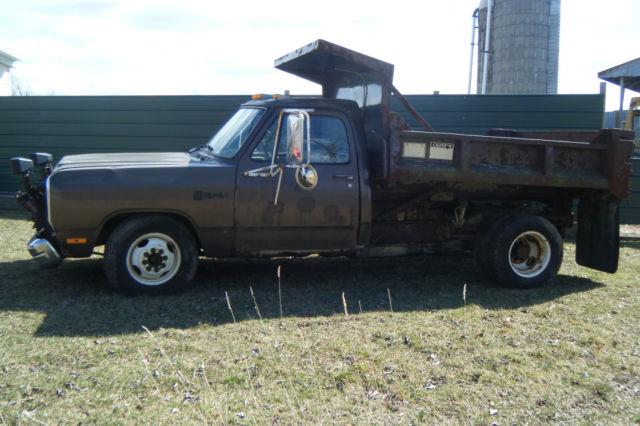 Dodge Ram Wd Dually Dump Truck Wsnowplow Elechyd Western Ft Plow V Aut on 1989 Dodge Ram 3500