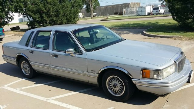 94 Lincoln Town Car Classic Lincoln Town Car 1994 For Sale