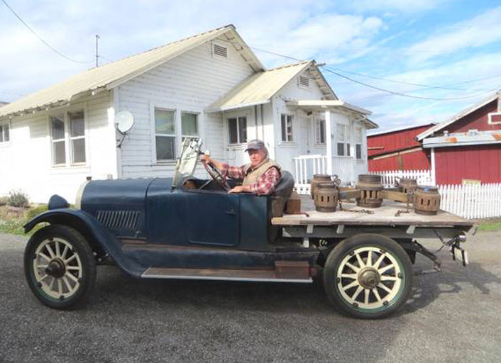 Antique 1922 Oldsmobile 43at Skeeter Auto Flat Bed Truck