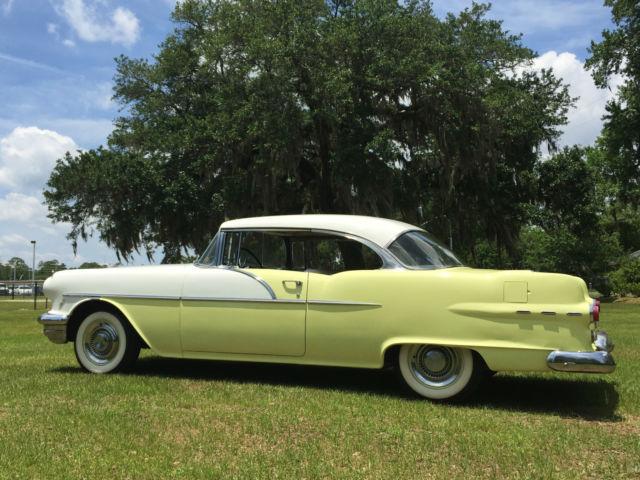 Beautiful 1956 pontiac chieftain 2 door hardtop 1955 1957 for 1955 buick 2 door hardtop