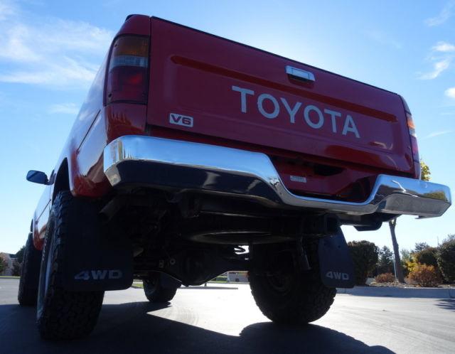 Beautiful 1989 Toyota Pickup 4x4,All Original,1 Family,Low