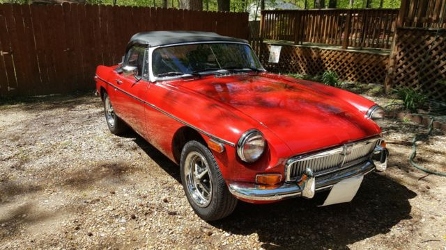 Beautiful Classic 1980 MGB with Chrome Bumper Conversion