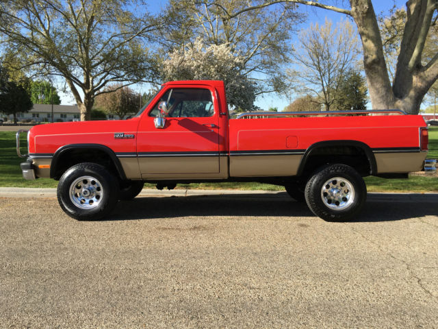 beautiful red 1993 dodge ram 250 4x4 5 speed 5 9l 1st gen cummins diesel classic dodge ram. Black Bedroom Furniture Sets. Home Design Ideas
