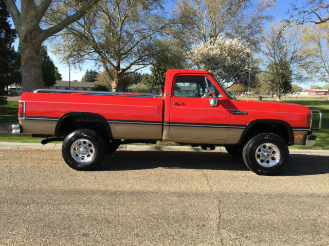 beautiful red 1993 dodge ram 250 4x4 5 speed 5 9l 1st gen. Black Bedroom Furniture Sets. Home Design Ideas