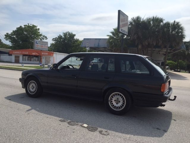 bmw 3 series touring e30 wagon classic bmw 3 series 1988 for sale. Black Bedroom Furniture Sets. Home Design Ideas