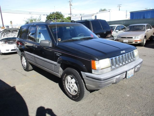 c 1993 jeep grand cherokee laredo used 4l i6 12v auotmatic suv no reserve classic jeep grand. Black Bedroom Furniture Sets. Home Design Ideas