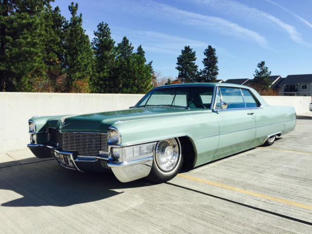 Cadillac Custom Bagged Money Green