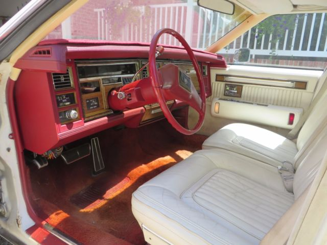 cadillac seville 1983 white with red interior all original 76 800 miles classic cadillac. Black Bedroom Furniture Sets. Home Design Ideas