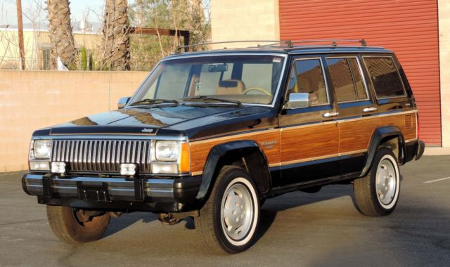 california original 1985 jeep cherokee wagoneer limited. Black Bedroom Furniture Sets. Home Design Ideas