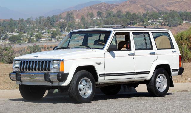 california original 1987 jeep cherokee laredo 4x4 two owner 100 rust free classic jeep. Black Bedroom Furniture Sets. Home Design Ideas