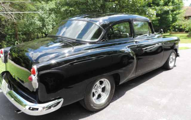 Chevy car black 1953 bel air 2 door sedan classic for 1953 chevrolet belair 4 door