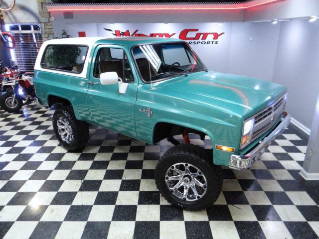 Chevy K5 Full Size Blazer 4x4 5 7 350 V8 Rare 3 Speed