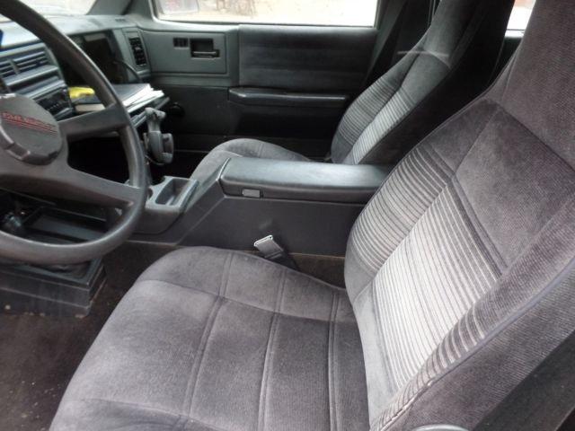 chevy s 10 blazer tahoe vortec engine clean interior runs well 4wd a c etc classic. Black Bedroom Furniture Sets. Home Design Ideas