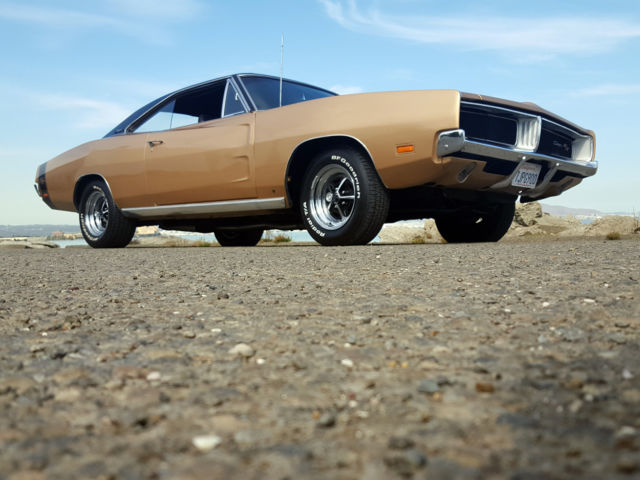 classic  dodge charger rt   stunning restored fast  rust  classic dodge