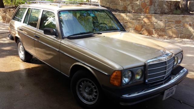 Classic 1983 Mercedes Benz Station Wagon, 300T W123, Turbo Diesel