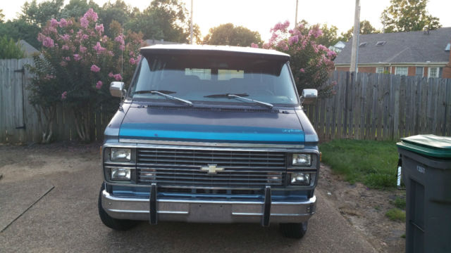 classic 1984 chevy g20 conversion van customized by gladiator customs classic chevrolet g20. Black Bedroom Furniture Sets. Home Design Ideas