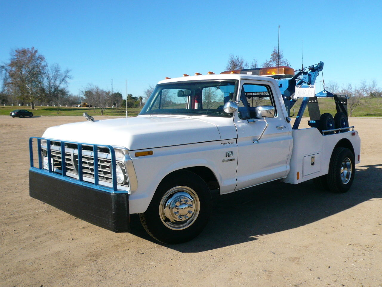 Classic Ford F-350 Wrecker/Tow Truck Very Nice Clean Original Weld ...
