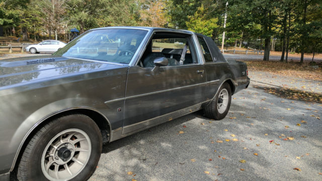 clean and rare 87 buick regal turbo t limited with only 87k original miles classic buick. Black Bedroom Furniture Sets. Home Design Ideas