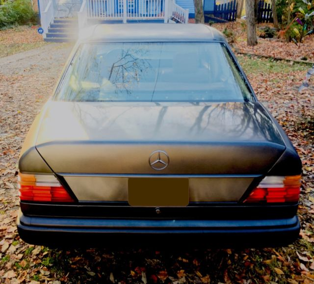 Clean Mercedes Mint Interior 300 Series Benz E Class Smooth Safe Reliable Classic Mercedes