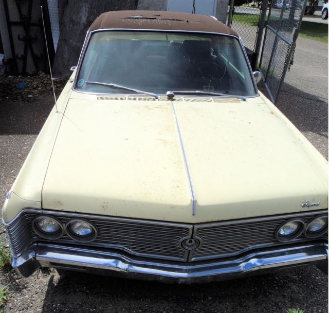 Crown Coupe Mobile Director *Rarest Of Rare*