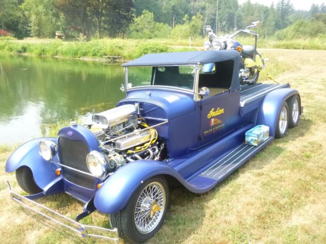 curieux montage - Page 7 Custom-1929-aa-dually-double-axle-roadster-w-matching-replica-indian-motorcycle-4