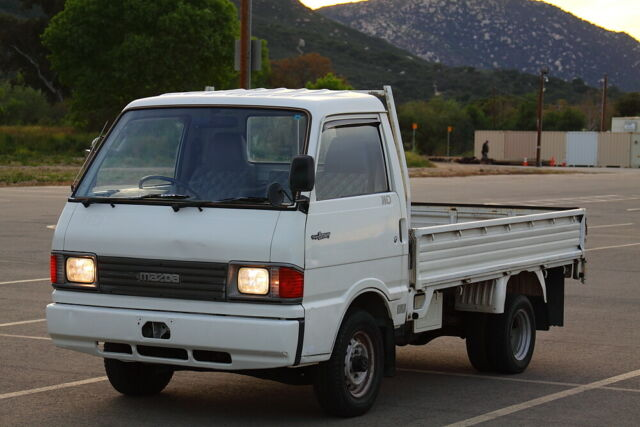 Diesel Trucks Mazda 4x4 Diesel Bongo Brawny    5 Sp    Ac