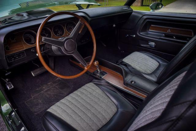 Dodge 426 Hemi Challenger R T Shaker Hood A32 Super Track Pack Classic Dodge Challenger 1970