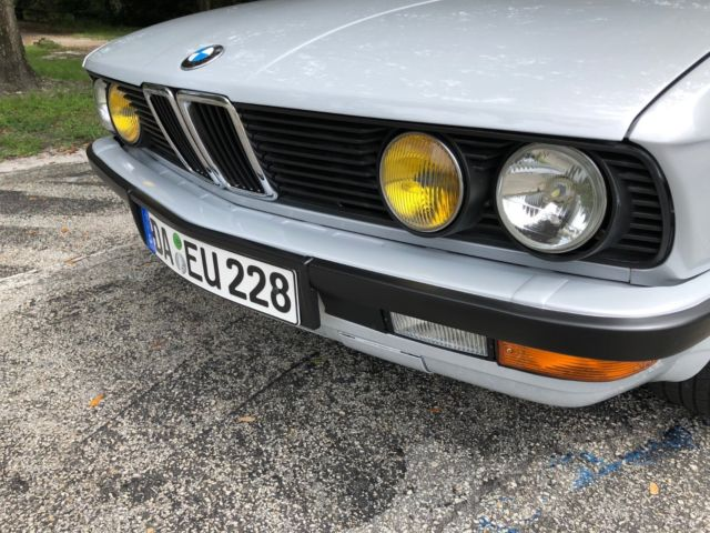 Drop Dead Gorgeous Restored E28 Euro Bumpers And Lights 5