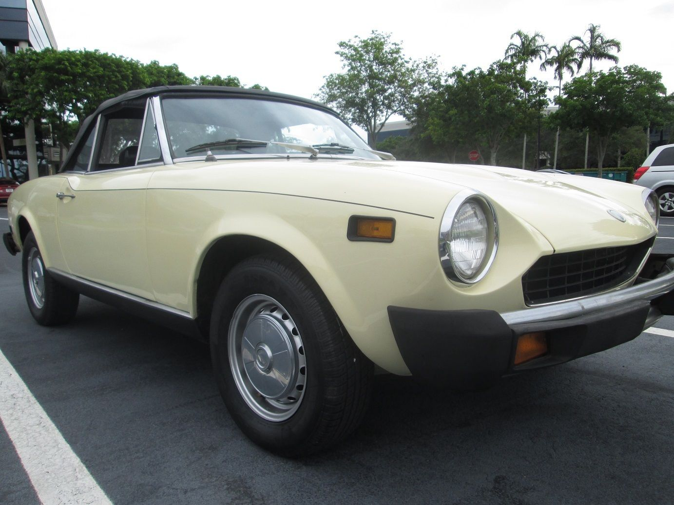 fiat spider 1975 convertible classic fiat other 1975 for sale. Black Bedroom Furniture Sets. Home Design Ideas