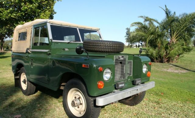 for sale 1970 land rover series ii a convertible classic land rover defender 1970 for sale. Black Bedroom Furniture Sets. Home Design Ideas