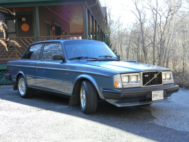 for sale is very rare 1984 volvo 242 turbo w intercooler. Black Bedroom Furniture Sets. Home Design Ideas